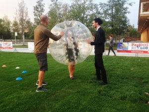 EXPO EXPERIENCE: 7 MINUTI DI PAUSA ESILARANTE A 5 EURO